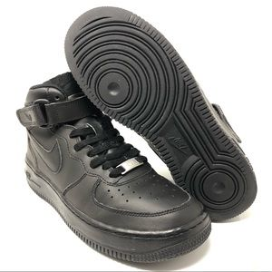new products a0ebb 6244d Nike Shoes - Nike Air Force 1 Mid (GS) Black 314195-004 Sz